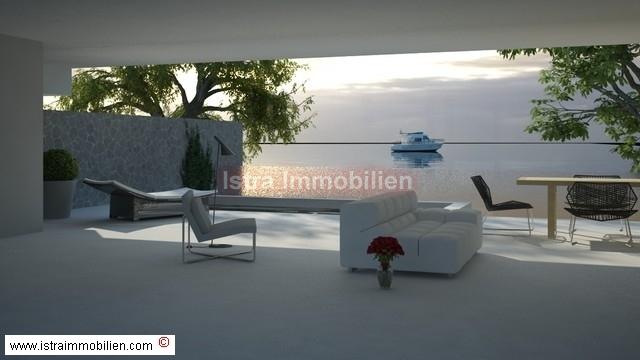Peroj-građevinsko zemljište + vila