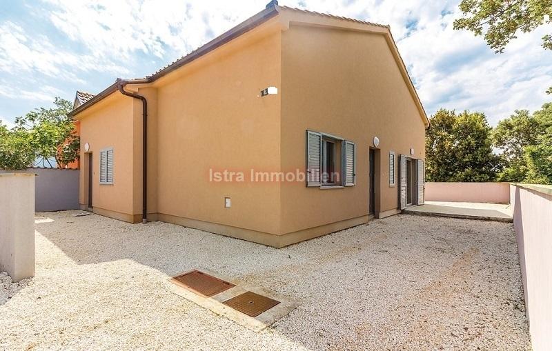 Barbariga- dvojna kuća