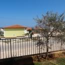 Stan sa vrtom i pogledom na more