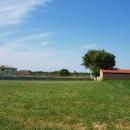 Terreno edificabile con permesso di costruire una villa. Vista mare.