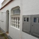 Apartman u prizemlju sa terasom, 50m2 potpuno uređen.