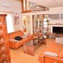 Istra, Pula.Samostojeća kuća na parceli 1000m2 sa bazenom