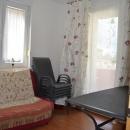 Pula  stan -  prodaja stana u prizemlju s vrtom, 2ss+db