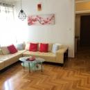 Pula, strogi centar, prvi kat, renoviranih 110m2, 3 spavaće sobe.