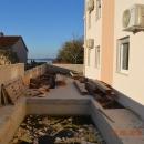Fažana, EXKLUZIVNI apartman  sa pogledom na more i Brione! Vlastiti bazen i vrt!