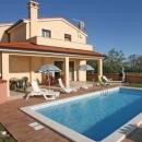 Marčana nova kuća s bazenom